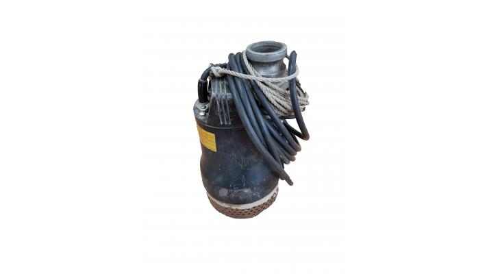 Pompe submersible koshin px-65011 usagé